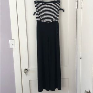 Black and white jumper